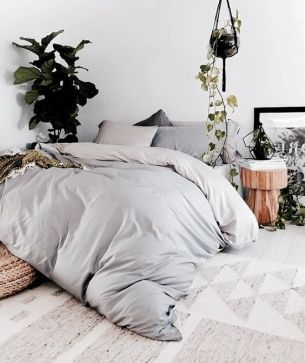 minimal-chic-boho-bedroom-3